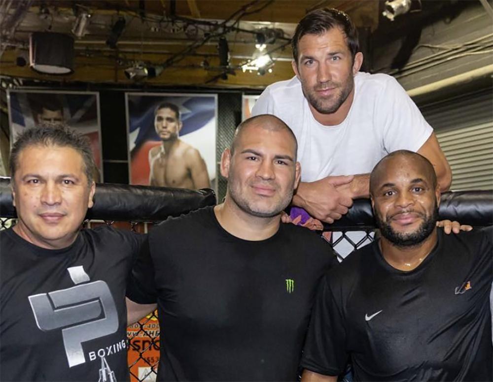 Javier Mendes, Cain Velasquez, Luke Rockhold and Daniel Cormier at the TUF gym