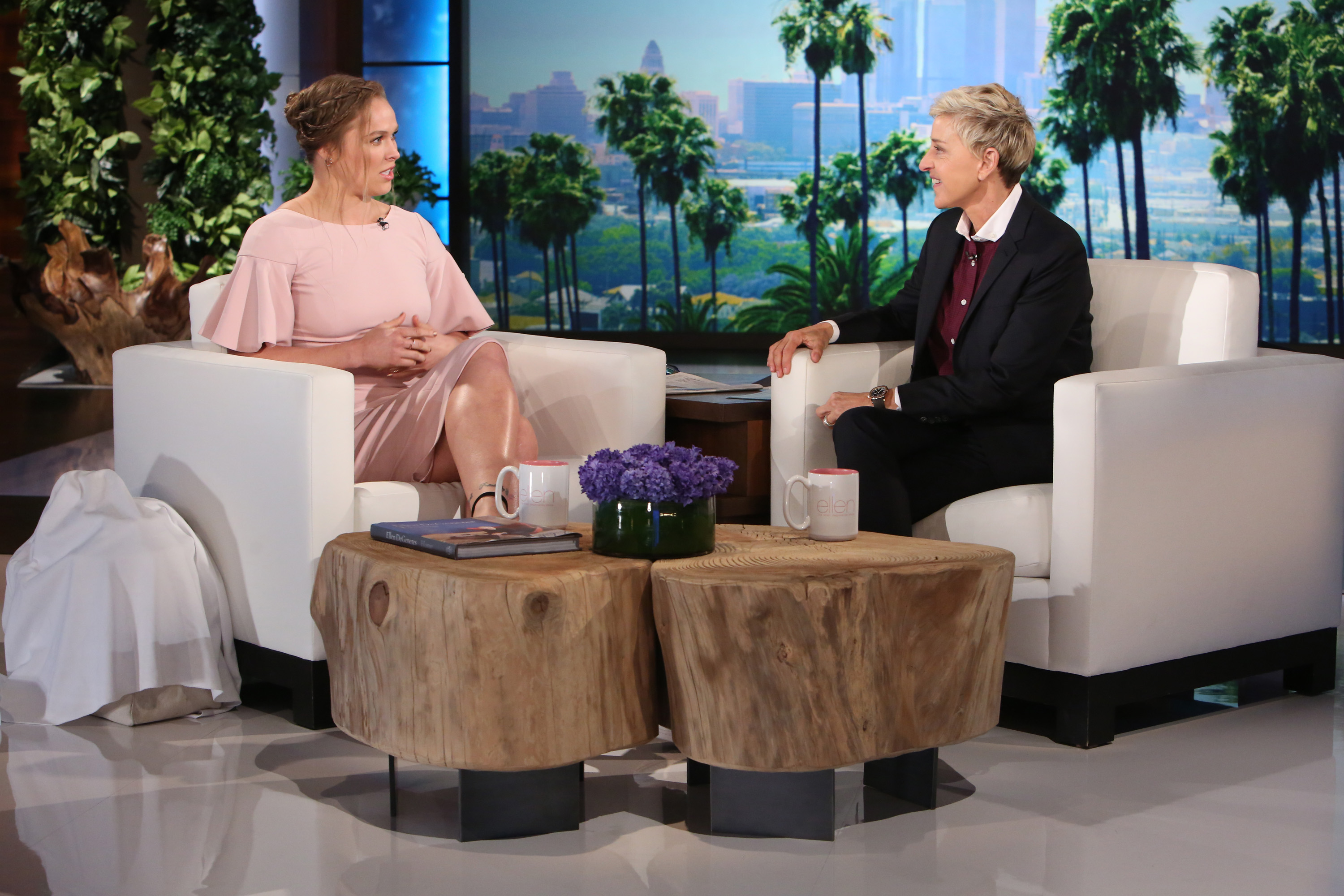 Sensational Ronda Rousey Appears On The Ellen Show Ufc Gamerscity Chair Design For Home Gamerscityorg