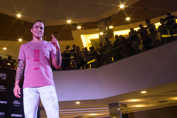 RIO DE JANEIRO, BRAZIL - MAY 09: UFC women's bantamweight contender Raquel Pennington of the United States holds an open training session at Barra Shopping Mall on May 9, 2018 in Rio de Janeiro, Brazil. (Photo by Bruna Prado/Zuffa LLC via Getty Images)