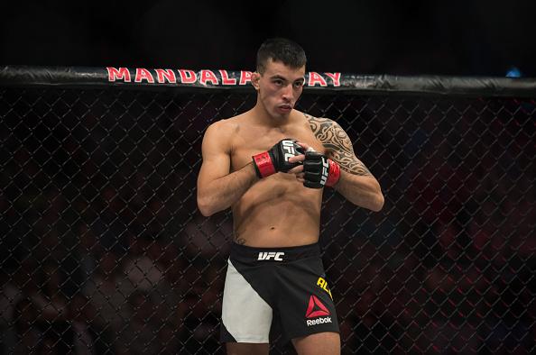 O brasileiro Thomas Almeida sobe ao octógono no próximo sábado (19) para enfrentar o norte-americano Alberto Morales no co-main event do UFC SP, no Ginásio do Ibirapuera.