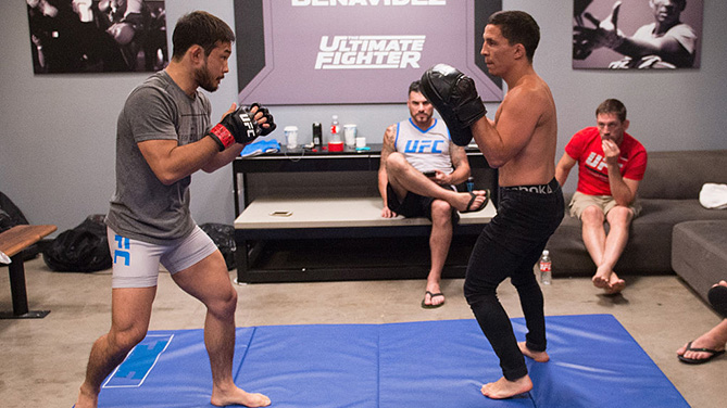 LAS VEGAS, NV - JULY 26: Hiromasa Ogikubo warm up before facing Adam Antolin during the filming of The Ultimate Fighter: Team Benavidez vs Team Cejudo at the UFC TUF Gym on July 26, 2016 in Las Vegas, Nevada. (Photo by Brandon Magnus/Zuffa LLC)