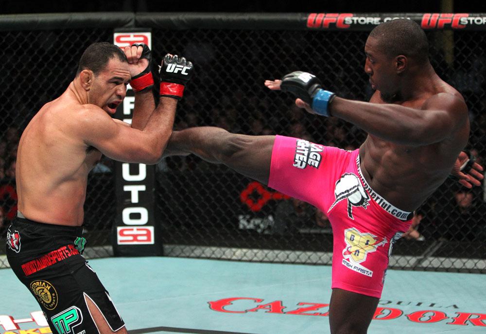 Davis en su última pelea contra Nogueira