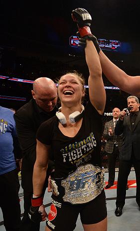 Dana White belts Ronda Rousey