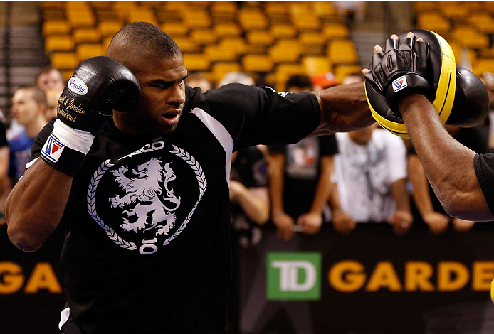 Overeem at open workouts