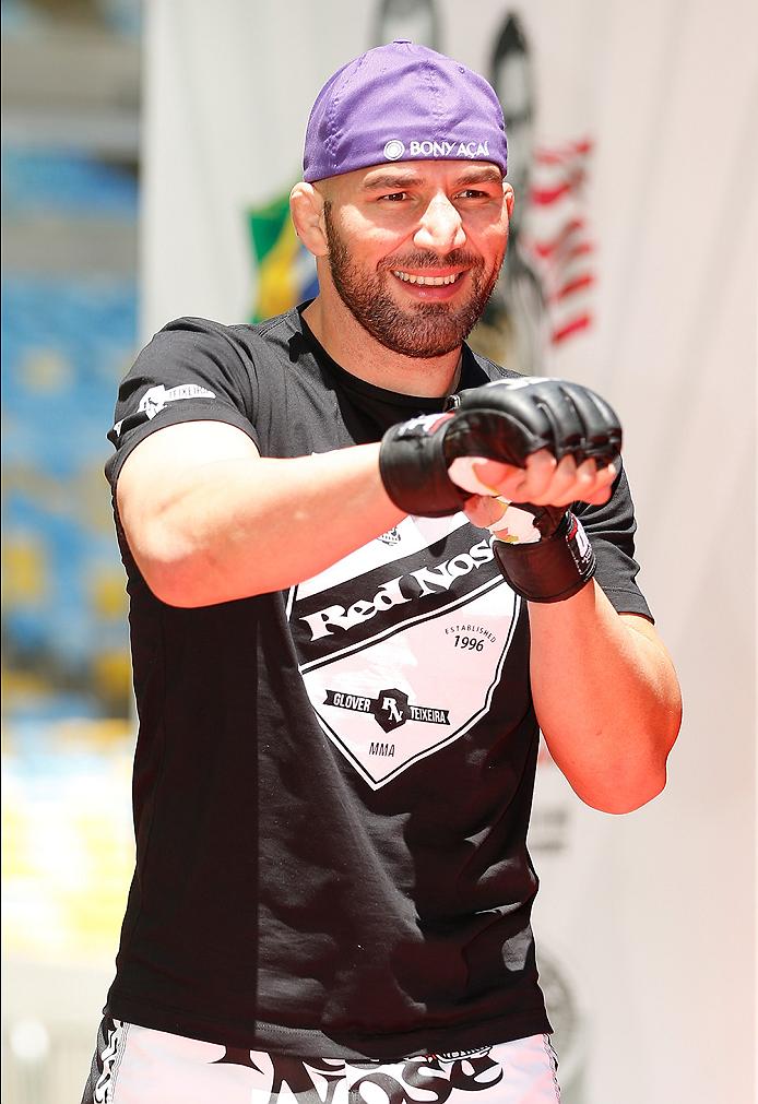 Light heavyweight hopeful Glover Teixeira