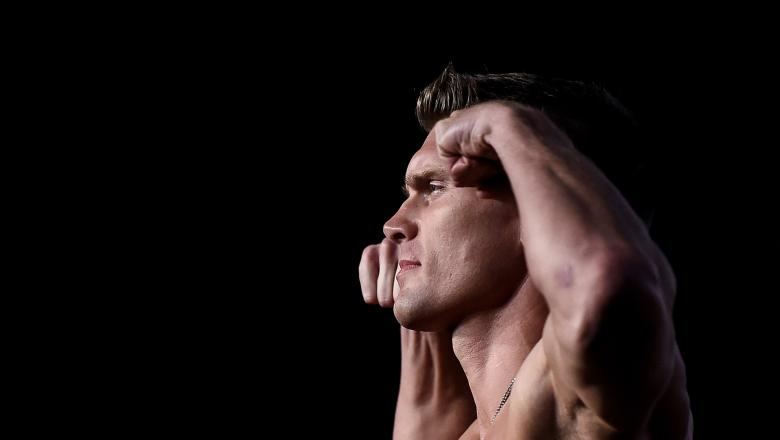 Stephen Thompson poses on the scale during the UFC 217 weigh-in inside Madison Square Garden on November 3, 2017 in New York City. (Photo by Brandon Magnus/Zuffa LLC)