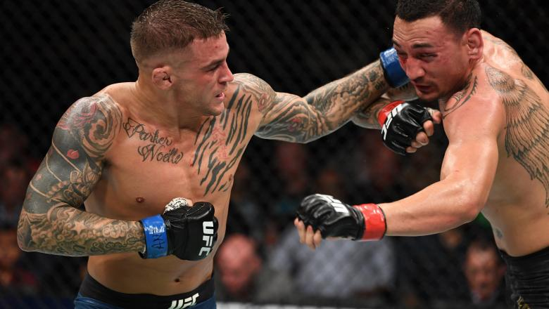 UFC_236_DUSTIN_POIRIER_PUNCH