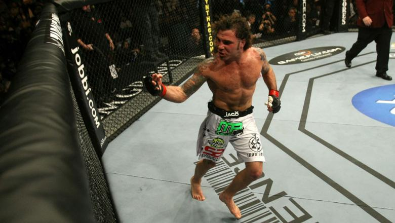 UFC 125: Clay Guida celebrates his win over Gomi.