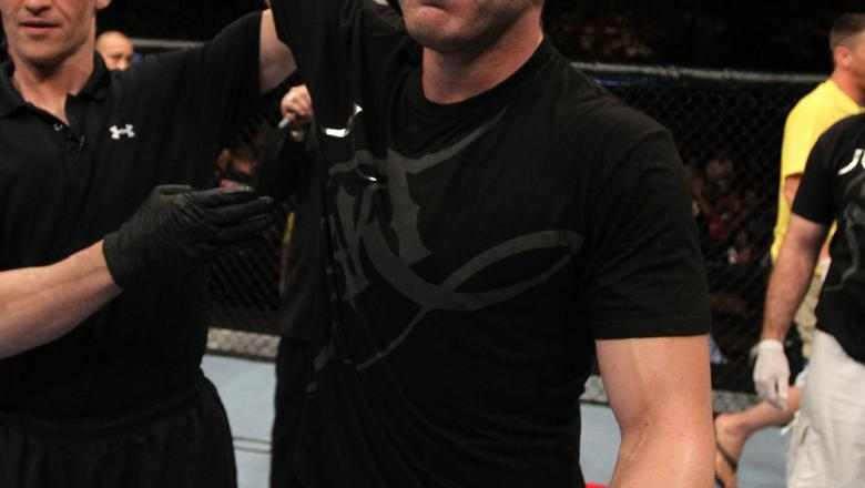 UFC 133: Brian Ebersole celebrates his win.