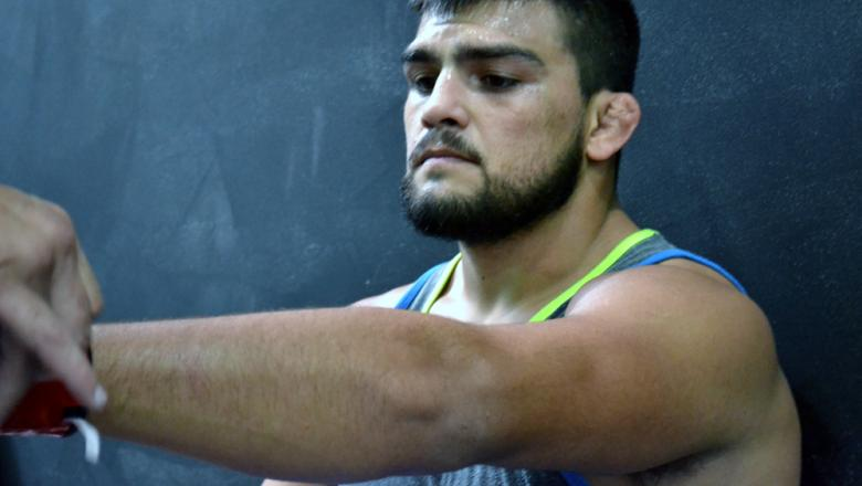 Kelvin Gastelum in Mexico City for UFC 180