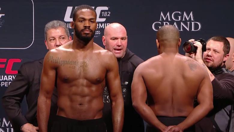 UFC 182 Jones Jones vs Daniel Cormier weigh in