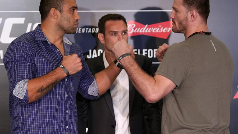 CURITIBA, BRAZIL - MAY 12:  Heavyweight fighters Fabricio Werdum (L) of Brazil and Stipe Miocic of the United States face off during Ultimate Media Day at Arena da Baixada stadium on May 12, 2016 in Curitiba, Parana.  (Photo by Buda Mendes/Zuffa LLC/Zuffa