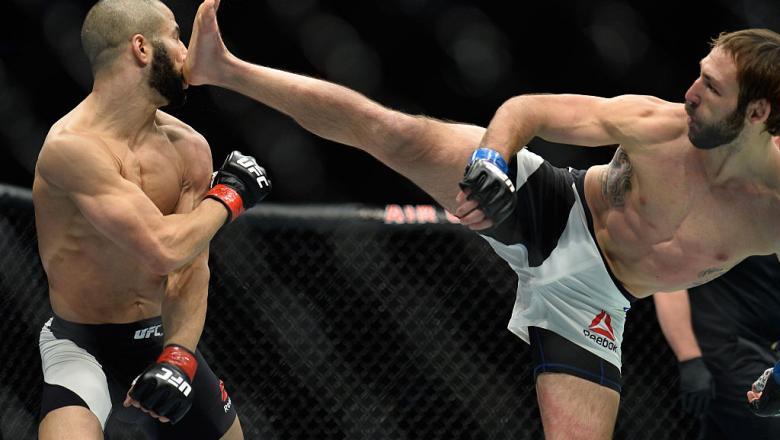 TORONTO, CANADA - DECEMBER 10:  (R-L) Lando Vannata kicks John Makdessi of Canada in their lightweight bout during the UFC 206 event inside the Air Canada Centre on December 10, 2016 in Toronto, Ontario, Canada. (Photo by Brandon Magnus/Zuffa LLC/Zuffa LL