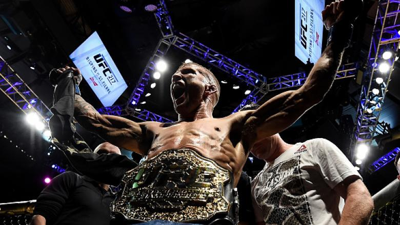 NEW YORK, NY - NOVEMBER 04:  TJ Dillashaw celebrates his knockout victory over Cody Garbrandt in their UFC bantamweight championship bout during the UFC 217 event inside Madison Square Garden on November 4, 2017 in New York City. (Photo by Brandon Magnus/