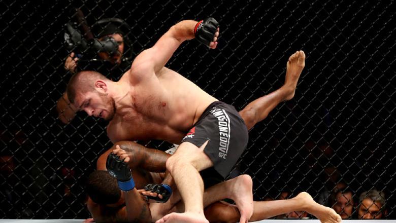 """Relembre alguns dos melhores momentos de Khabib Nurmagomedov no octógono do UFC. """"The Eagle"""" volta ao octógono nesse sábado (4) para enfrentar Tony Ferguson em duelo que vale o cinturão dos leves."""