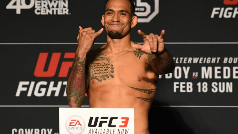 AUSTIN, TX - FEBRUARY 17:  Yancy Medeiros poses on the scale during the UFC Fight Night Weigh-in at the JW Marriott hotel on February 17, 2018 in Austin, Texas. (Photo by Josh Hedges/Zuffa LLC/Zuffa LLC via Getty Images)
