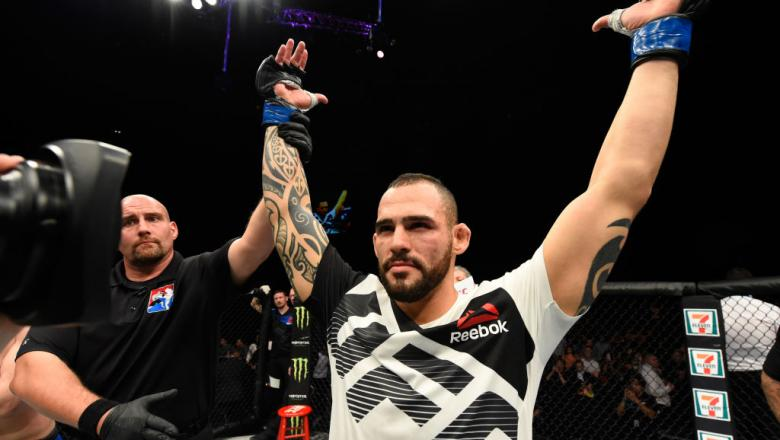 GLASGOW, SCOTLAND - JULY 16:  Santiago Ponzinibbio of Argentina celebrates his victory over Gunnar Nelson of Iceland in their welterweight bout during the UFC Fight Night event at the SSE Hydro Arena Glasgow on July 16, 2017 in Glasgow, Scotland. (Photo b