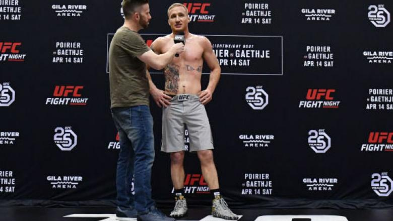 GLENDALE, AZ - APRIL 11:  Justin Gaethje holds an open workout for fans and media at Gila River Arena on April 11, 2018 in Glendale, Arizona.  (Photo by Jennifer Stewart/Zuffa LLC)
