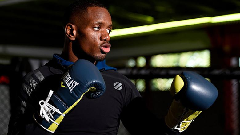 BEAVERTON, OR - SEPTEMBER 29:  Will Brooks holds an open workout for fans and media at the UFC Gym on September 29, 2016 in Beaverton, Oregon. (Photo by Josh Hedges/Zuffa LLC/Zuffa LLC via Getty Images)