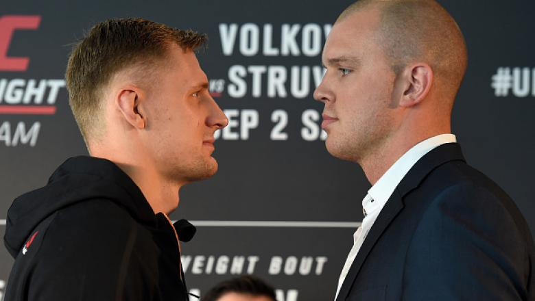 ROTTERDAM, NETHERLANDS - AUGUST 31:  (L-R) Opponents Alexander Volkov of Russia and Stefan Struve of The Netherlands face off during the UFC Ultimate Media Day at the Inntel Rotterdam Centre Hotel on August 31, 2017 in Rotterdam, Netherlands. (Photo by Jo