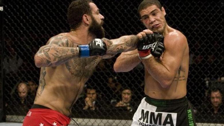 UFC 101 Alessio Sakara vs Thales Leites