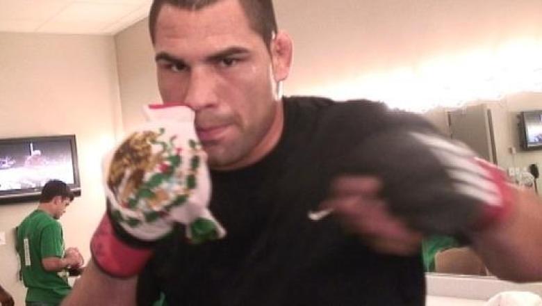 Cain Velasquez Warm Up