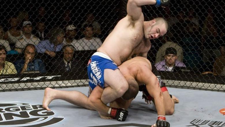 UFC 98 Tim Hague vs Pat Barry