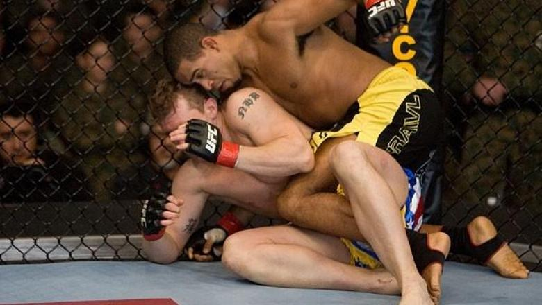UFC Fight Night Alan Belcher Vs. Jorge Santiago