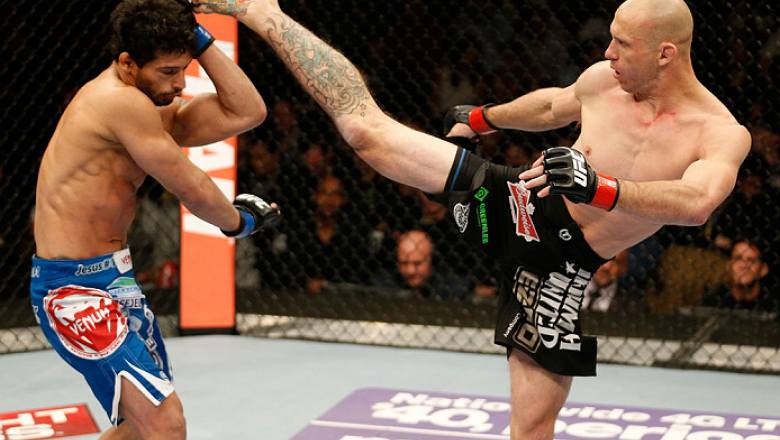 Donald Cerrone vs Adriano Martins