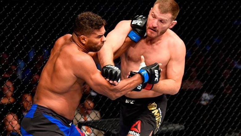 CLEVELAND, OH - SEPTEMBER 10:  (R-L) Stipe Miocic punches Alistair Overeem of The Netherlands in their UFC heavyweight championship bout during the UFC 203 event at Quicken Loans Arena on September 10, 2016 in Cleveland, Ohio. (Photo by Josh Hedges/Zuffa