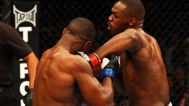 ATLANTA, GA - APRIL 21:  Jon Jones (R) punches Rashad Evans during their light heavyweight title bout for UFC 145 at Philips Arena on April 21, 2012 in Atlanta, Georgia.  (Photo by Al Bello/Zuffa LLC/Zuffa LLC via Getty Images)