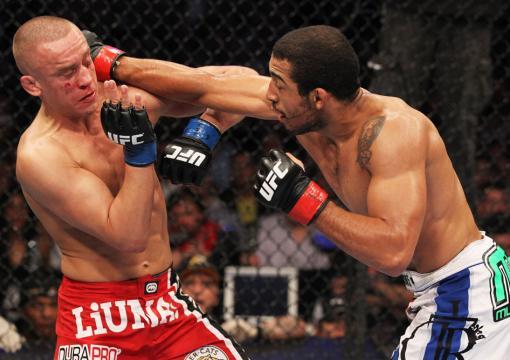 Jose Aldo vs Mark Hominick