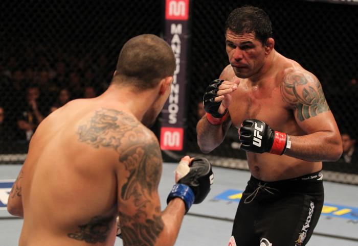 Ex-campeão interino dos pesos-pesados do Ultimate, a lenda Rodrigo Minotauro marcou presença em três edições na cidade: o histórico UFC 134, o UFC 153 e o UFC 190.