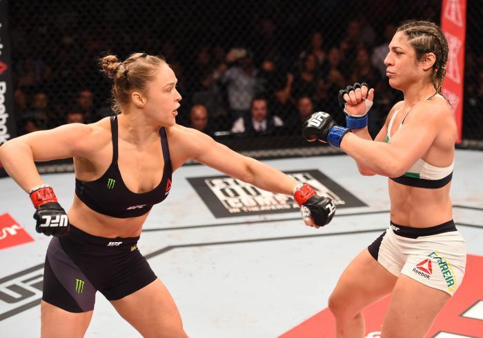 A luta principal do UFC 190 foi a primeira vez em que uma edição no Rio foi liderada pelas mulheres. Na ocasião, Ronda Rousey fez sua última defesa de título bem sucedida, vencendo Bethe Correia por KO no primeiro round.