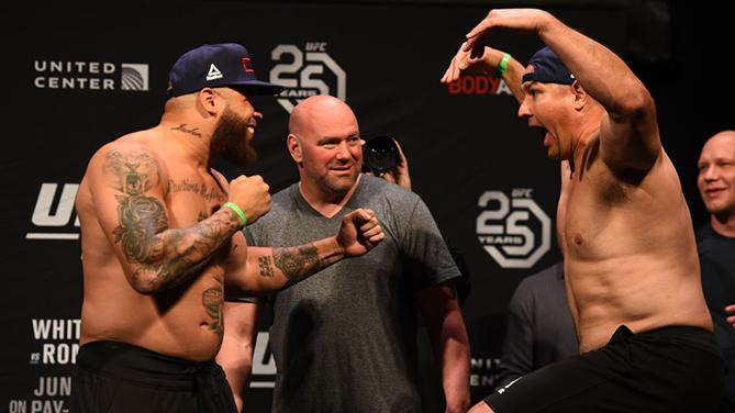 CHICAGO, ILLINOIS - JUNE 08:  (L-R) Opponents Rashad Coulter and Chris De La Rocha face off during the UFC 225 weigh-in at the United Center on June 8, 2018 in Chicago, Illinois. (Photo by Josh Hedges/Zuffa LLC/Zuffa LLC via Getty Images)