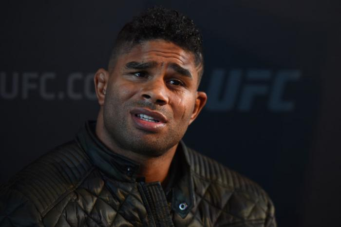 CHICAGO, ILLINOIS - JUNE 07:   Alistair Overeem of The Netherlands interacts with media during the UFC 225 Ultimate Media Day at the United Center on June 7, 2018 in Chicago, Illinois. (Photo by Josh Hedges/Zuffa LLC/Zuffa LLC via Getty Images)