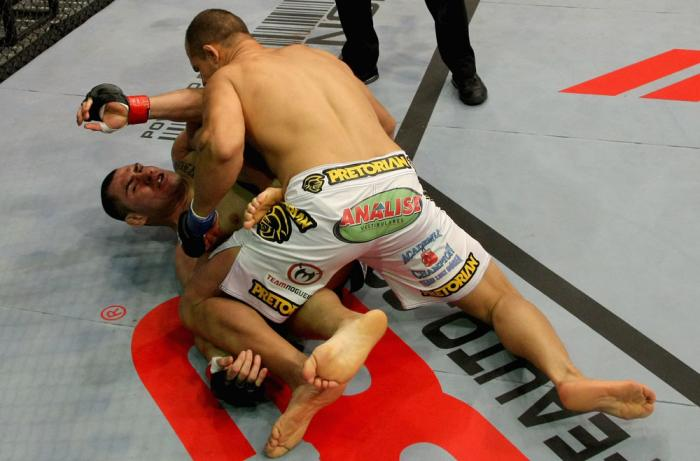 Junior dos Santos vs Cain Velasquez