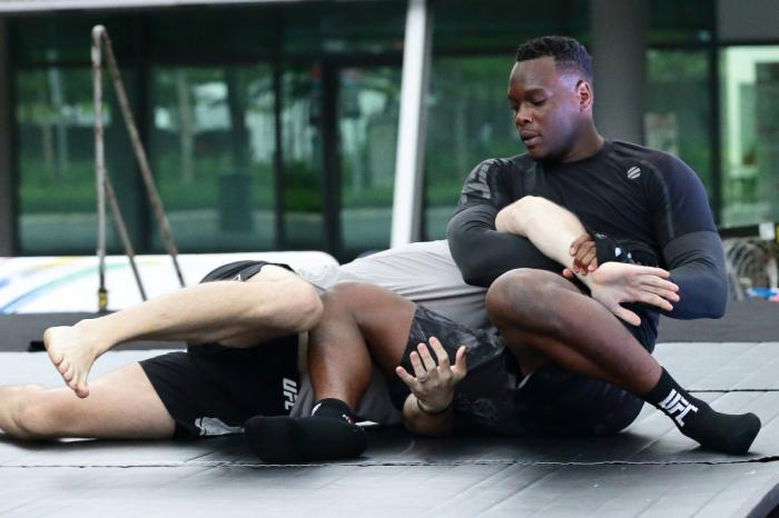 SINGAPORE - JUNE 20:  Ovince Saint Preux (R) of United States participates in the UFC Fight Night Open Workout at OCBC Square on June 20, 2018 in Singapore.  (Photo by Suhaimi Abdullah - Zuffa LLC/Zuffa LLC)