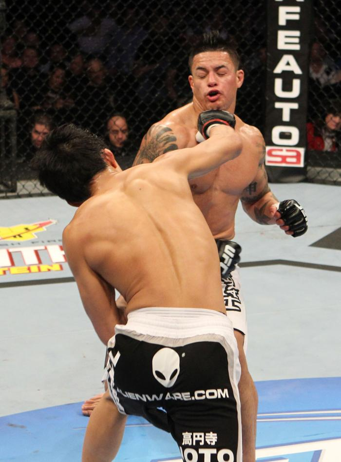 Takeya Mizugaki vs Reuben Duran