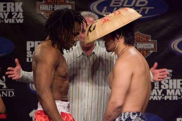 UFC 84 Weigh-In Sokoudjou & Kazuhiro Nakamura