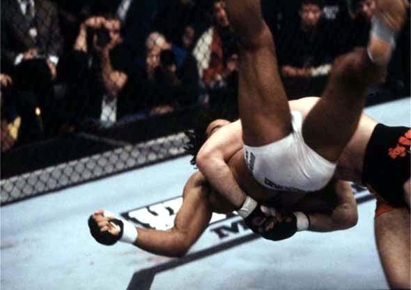 UFC 34 Image 09