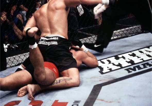 UFC 34 Image 14