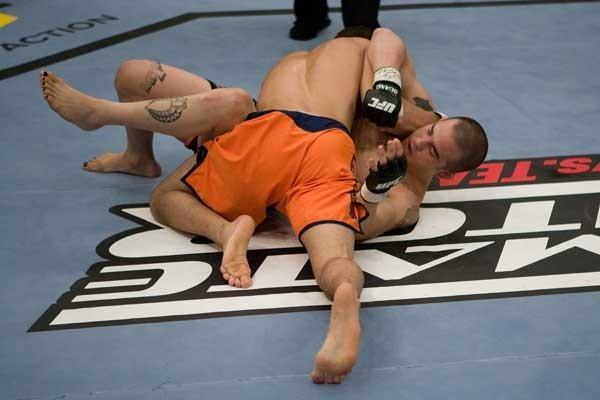The Ultimate Fighter Episode 10 Arroyo vs Mandaloniz