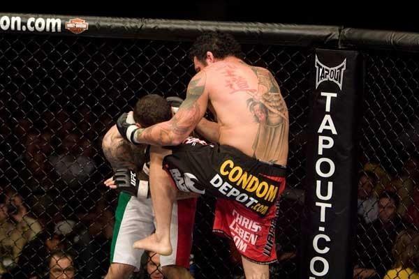 UFC 82 Chris Leben vs Alessio Sakara