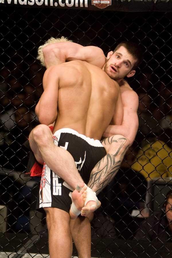 UFC 82 Josh Koscheck vs Dustin Hazelett
