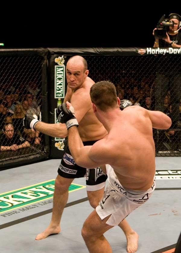 UFC 80 Rapid Fire Antoni Hardonk vs Colin Robinson