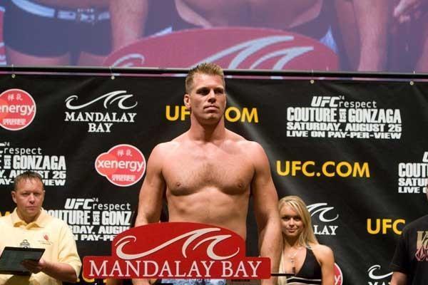 UFC 74 Weigh In Antoni Hardonk
