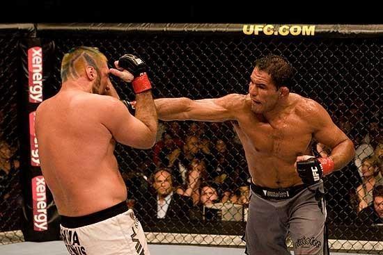 Heath Herring vs Minotauro Nogueira UFC 73
