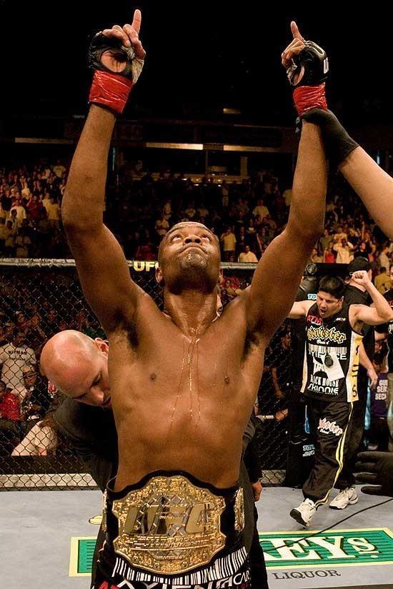 Anderson Silva UFC 73