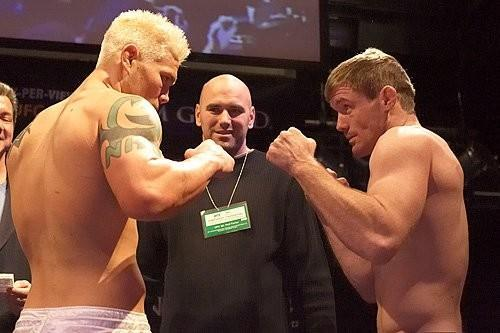 UFC 56 Weigh-in Joe Riggs vs Matt Hughes